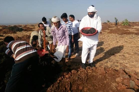 Bishop helps with tree planting in drought-prone Indian state