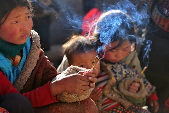 China bans Tibetan children from praying during holy month