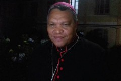 Supporters of under fire Indonesian bishop fight back