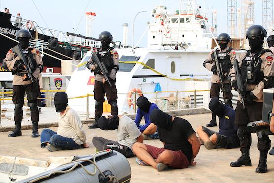 Activists blast Widodo's shoot drug traffickers comment