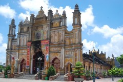 Historic church in Vietnam destroyed by fire