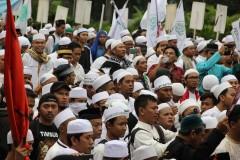 Jakarta governor-elect under fire for embracing hardliners