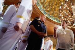 Duterte vows to press on with unwinnable drug war