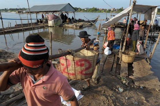 Few solutions in sight to help save Cambodia's largest lake