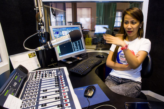 Philippine Catholics fear silencing of 54 radio stations