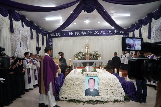 Chinese priest valued by open and underground church dies