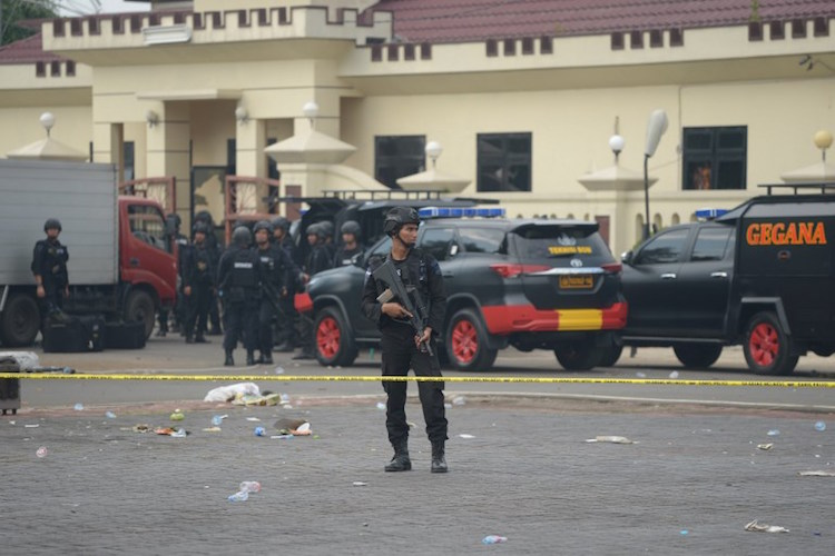 Indonesian jailhouse clash leaves six dead