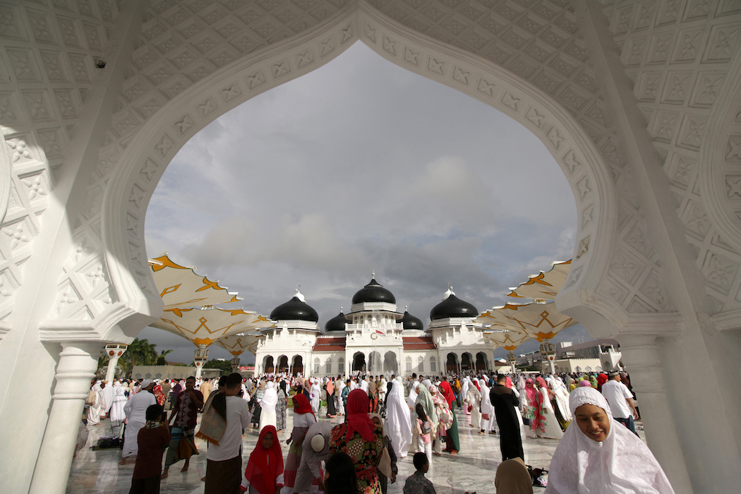 Indonesian mosques launch Ramadan anti-plastic drive