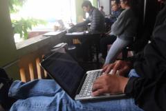 Vietnamese Facebookers give Zuckerberg ultimatum