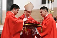 Manila honors its first Filipino cardinal
