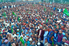 Pakistan govt accused of caving in to Asia Bibi protesters