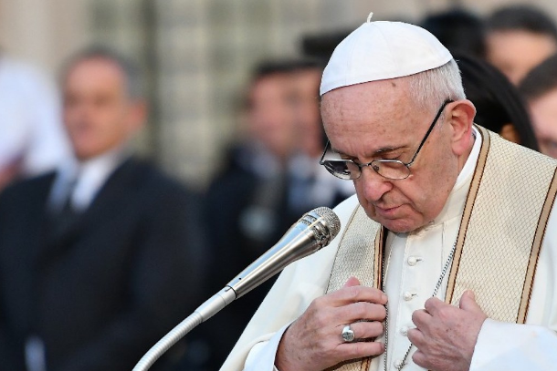 Pope calls for universal respect for human rights
