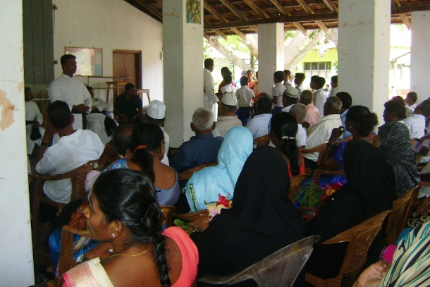 Sectarian divisions spur Caritas to action in Sri Lanka