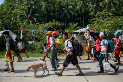 Villagers flee fighting in southern Philippines