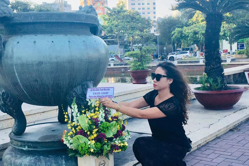 Removal of censer from statue of war hero riles Vietnamese