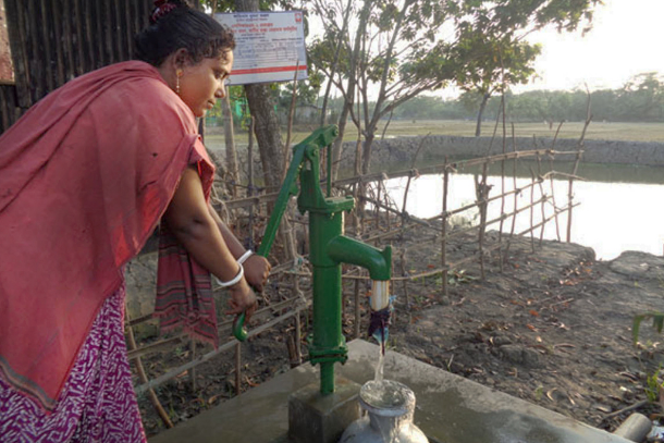 Water crisis spells misery for Bangladeshi villagers