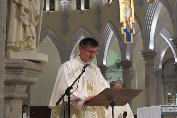 Former Hong Kong Holy See official badly hurt in car crash