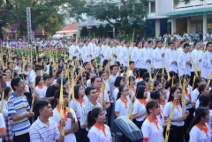 Vietnamese youths urged to work for community benefits