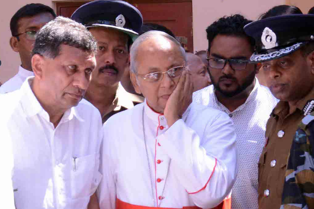 Cardinal condemns Sri Lanka bombings as death toll reaches 290