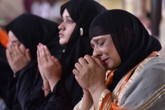 Eat, pray, ban? Indian women fight for fair worship rights
