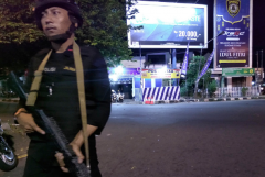 Wannabe Indonesian terrorist hurt in botched suicide bombing