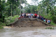 Church groups join rush to help Assam flood victims