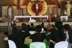 Church media in Philippines meet to fight 'fake news'