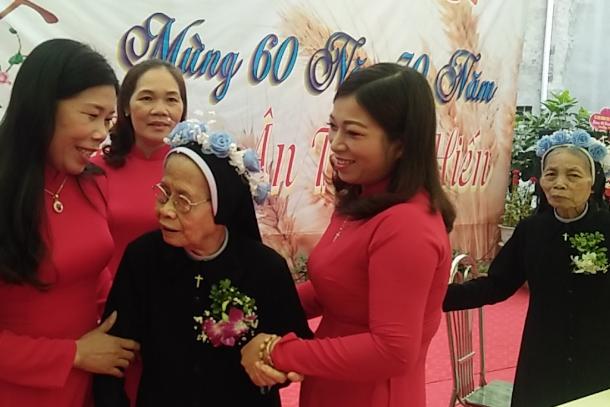 Nuns Mark Lifetime Of Service In Vietnam Uca News