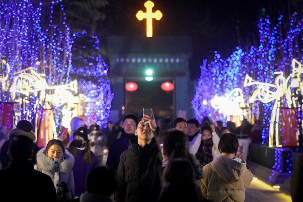 Chinese Catholics downbeat about pope's Asia visit