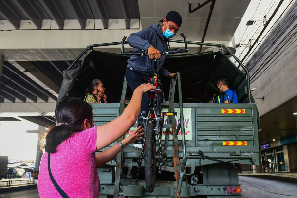 Covid-19 testing for VIPs sparks outrage in Philippines