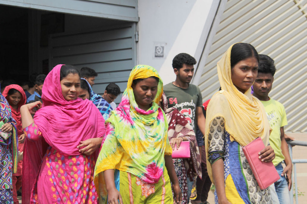 Covid-19 fears as Bangladesh garment factories reopen
