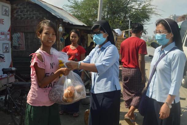 Cardinal Bo lauds Myanmar Catholics' care for poor