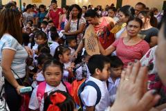 Philippine schools set to remain closed