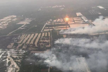 Indonesian police name 69 suspects over forest fires
