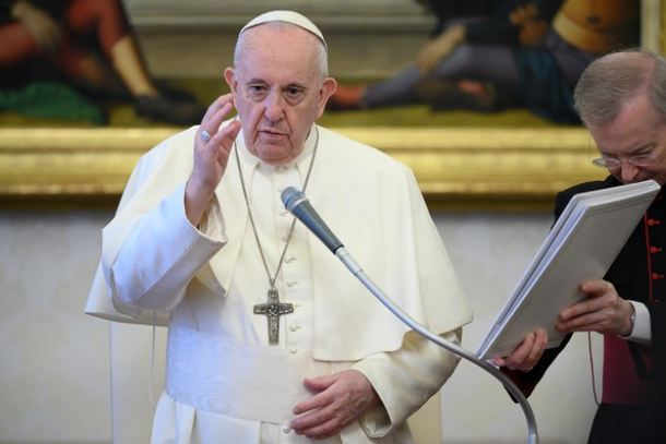 Pope reaches out to seafarers stuck on ships or without work