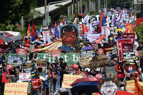 Philippine bishops, religious superiors fire fresh broadsides at Duterte