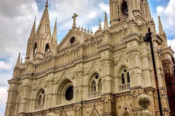 Salvadoran priests ask bishops to investigate rector's murder