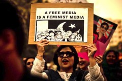 Female journalists condemn 'vile abuse' in Pakistan