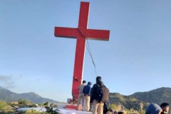 Police remove crosses in India's Karnataka state