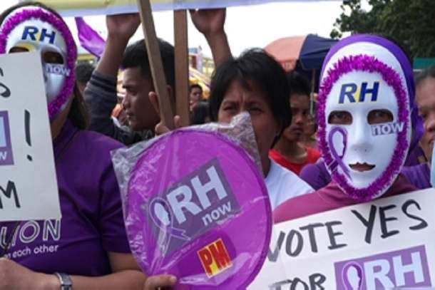 Philippine priest demands end to 'useless' reproductive health law
