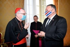 Parolin upbeat on Vatican-China deal after meeting Pompeo