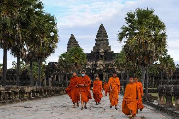Cambodia confirms first community Covid-19 outbreak