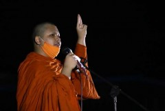 Buddhist council orders Thai monks to stay out of politics
