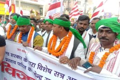 Indian tribal groups demand recognition of Sarna religion