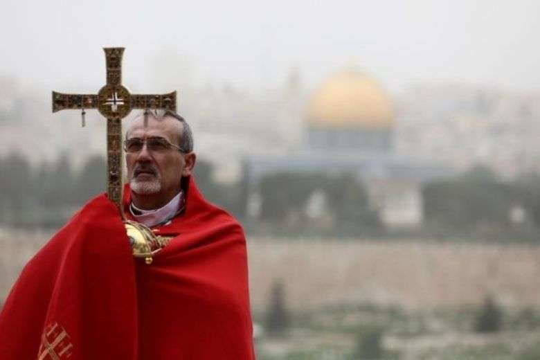 In Jordan, patriarch reaffirms baptismal site, work with refugees