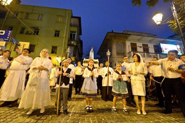 Macau Catholics combine culture and faith for new year