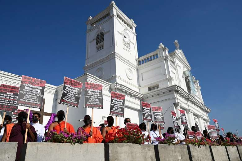 Sri Lankan Catholics step up struggle over Easter attacks