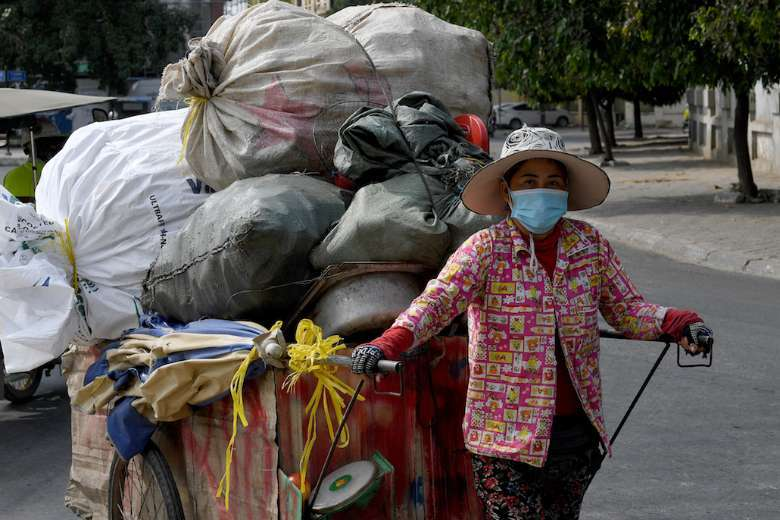 Hun Sen tells Cambodians to stay home amid Covid spike