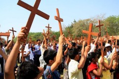 Radical Hindus attack Christian pastors in India