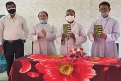 Priest's book documents history of Christianity in Bangladesh